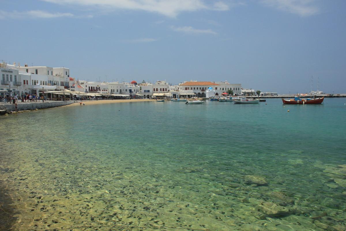 ミコノス島の海