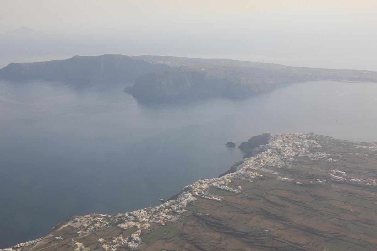 サントリーニ島空撮