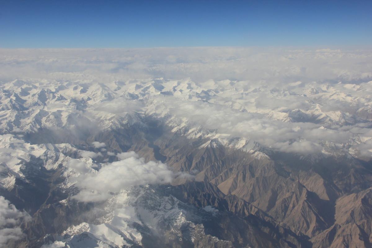 山脈の空撮