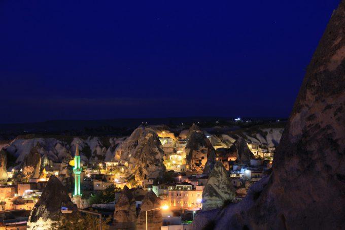 ギョレメの夜景