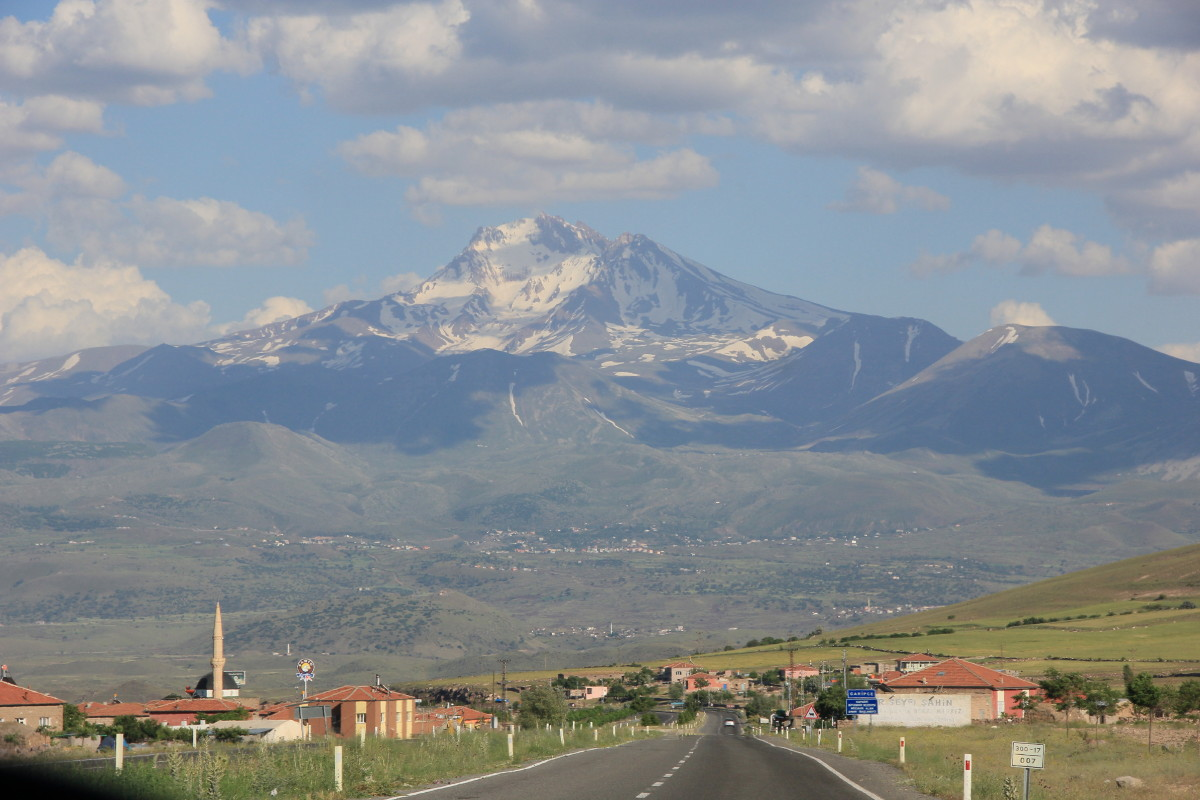 エルジエス山