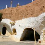 チュニジア6/ドゥーズでの砂漠の日の出ツアーとマトマタの穴居住宅
