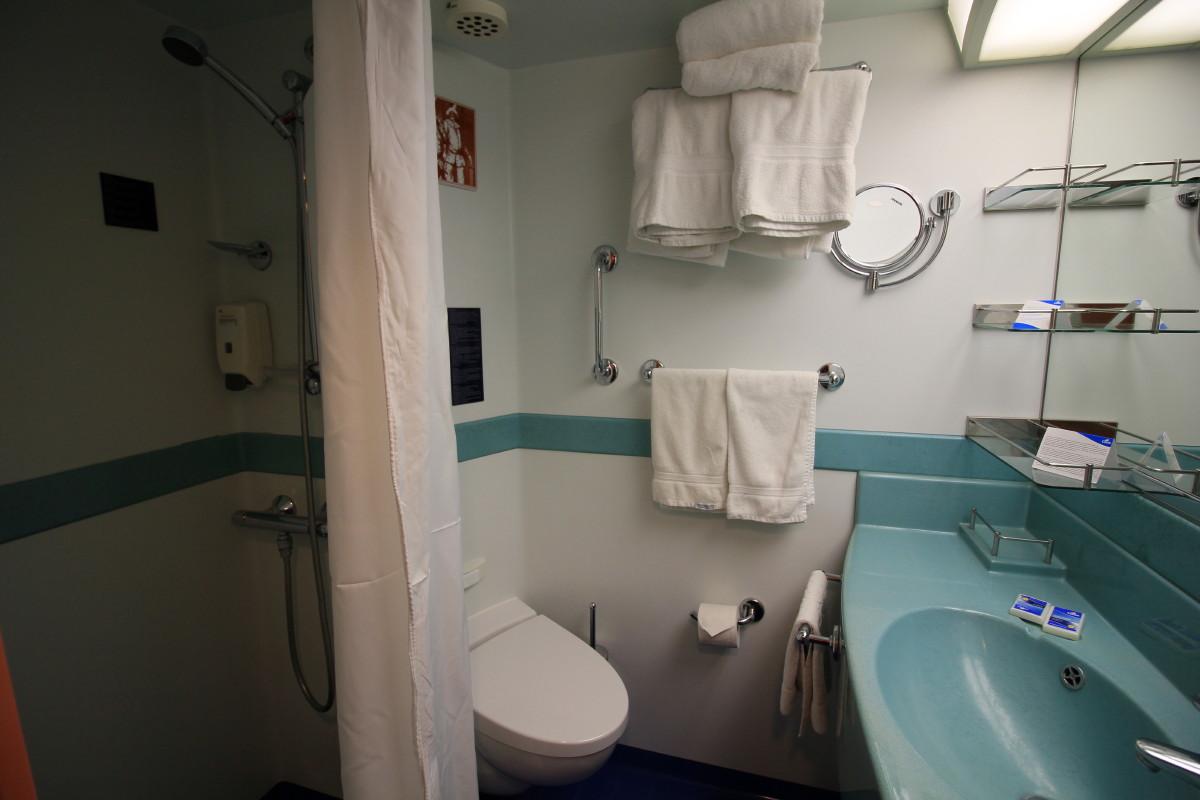 コスタメディタラニア号バスルーム